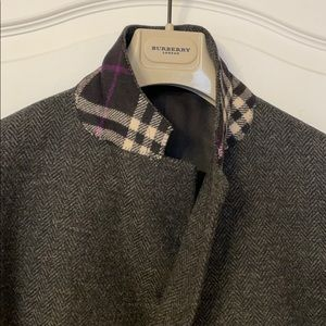 New without tags men's Burberry 100% wool coat.